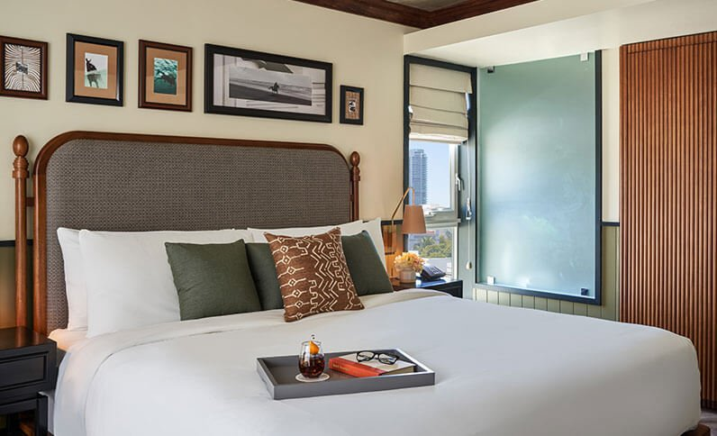 The Balfour Hotel - King Size Master Bedroom